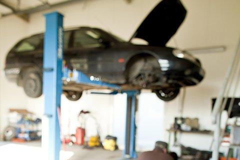 Okręgowa Stacja Kontroli Pojazdów AUTO-ROMA wykonuje: